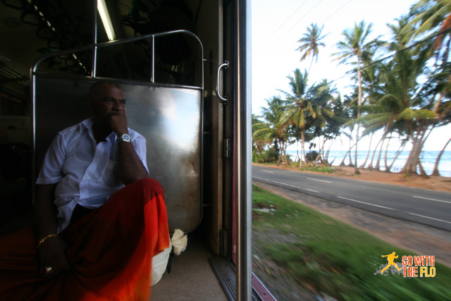 Enjoying the scenary on the way from Galle to Colombo