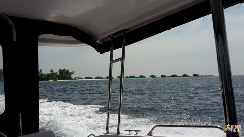 Leaving the resort again on a speedboat