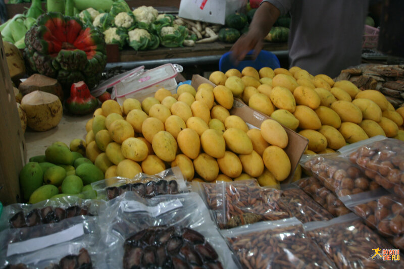 More Maldivian mangoes