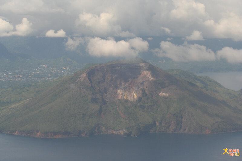 A volcano enroute to Flores