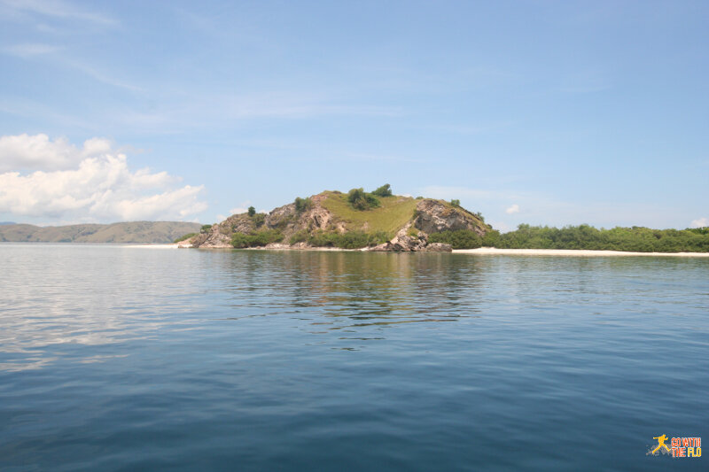 Past secluded islands in Komodo National Park