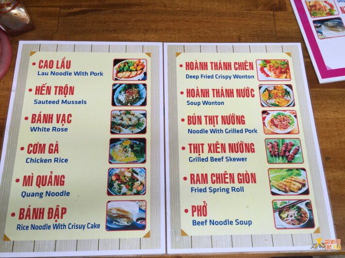 An overview of Hoi An's specialties... most of which are shown below and all come highly recommended. Especially the Banh Vac (White Rose)