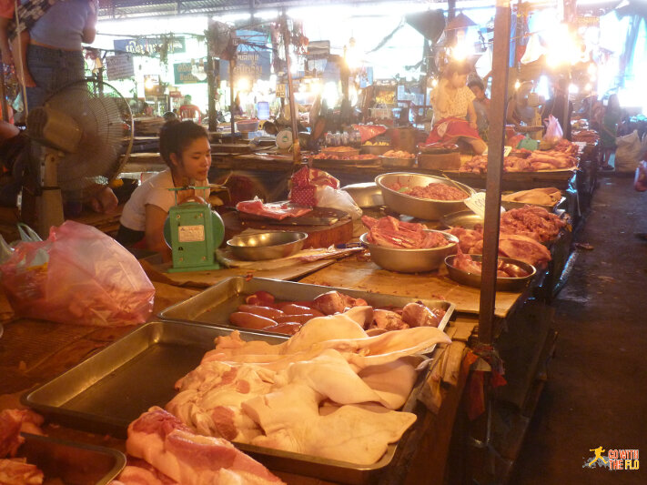 Inside Talat Khua Din: the non-veggie section