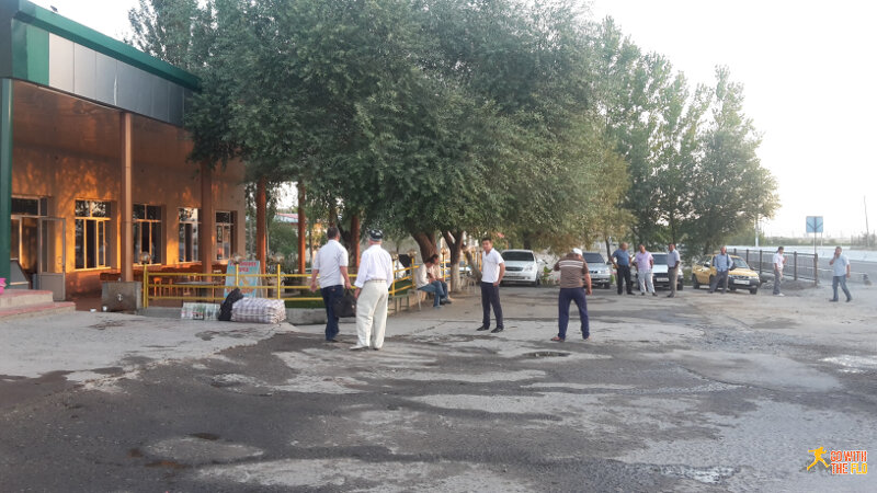 Grebnoy Kanal/Betonka taxi stand