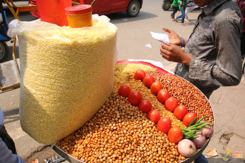 Street snacks outside the Red Fort