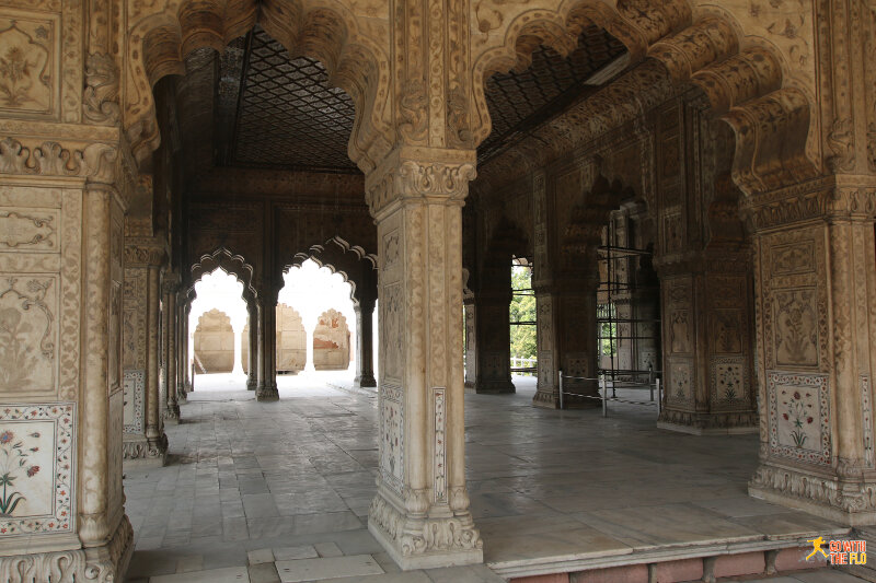 Inside Divan-i-Khas (Hall of Private Audiences)