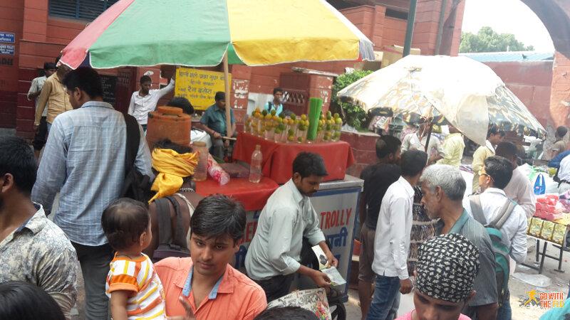 Street scene in Chandni Chowk