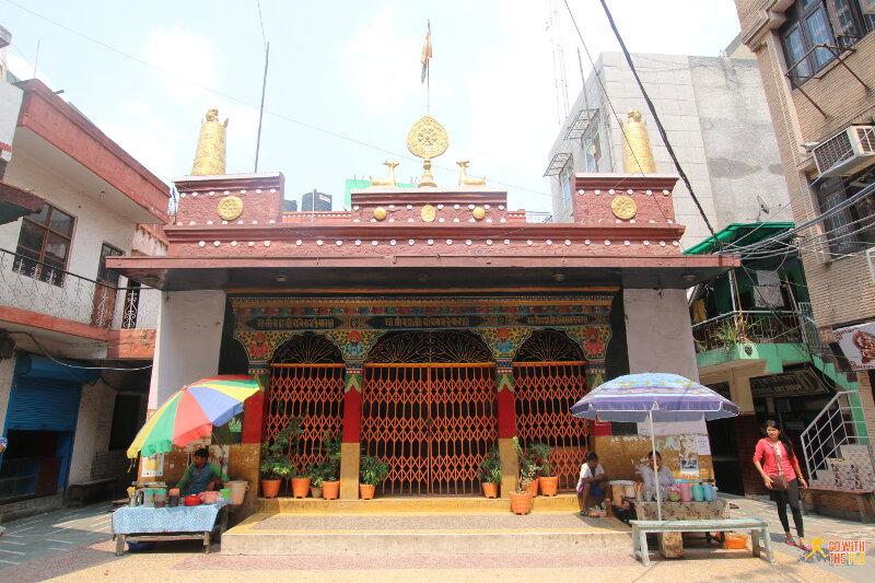 Inside Majnu-ka-tilla