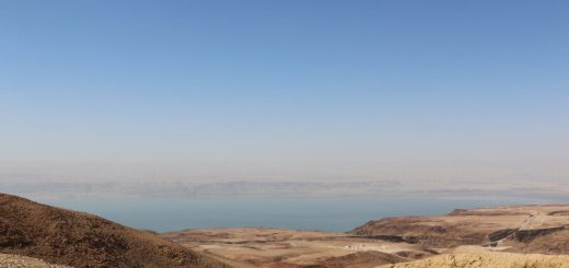 Diving from the Dead Sea towards Ma'in