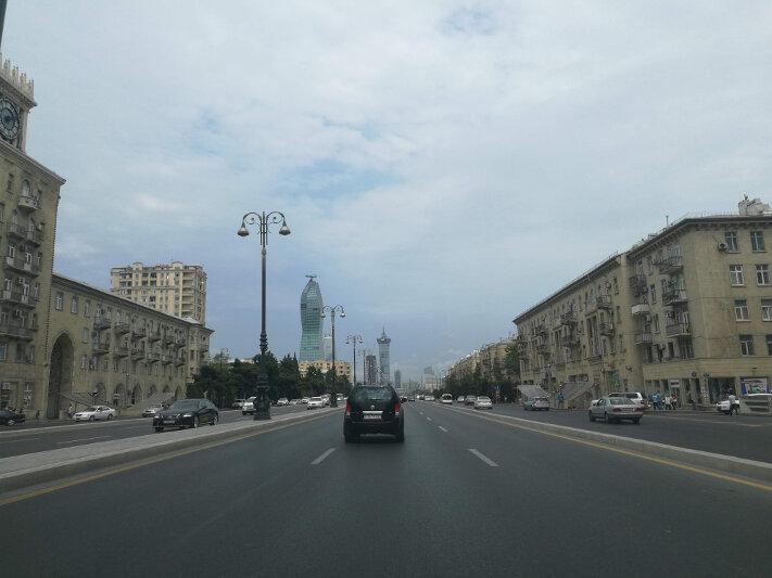 Driving into Baku