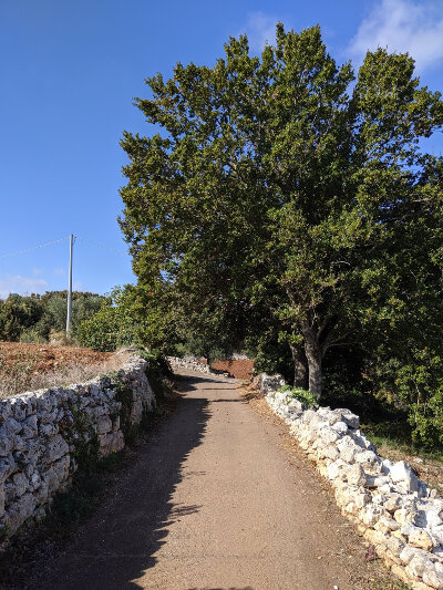Hike near Monte Pizzuto