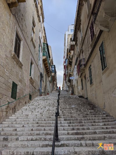 Lots of stairs to be found in Valletta